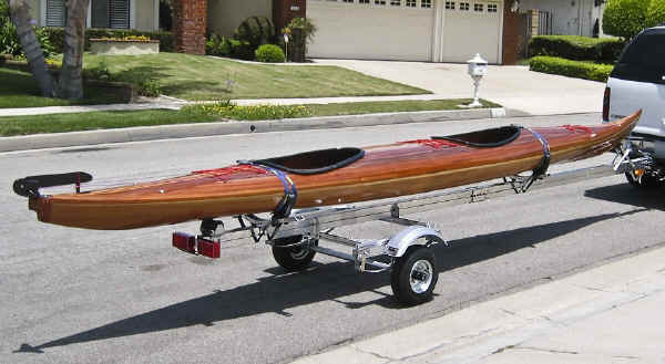 Trailex SUT-350-S Trailer with Long Sea Kayak