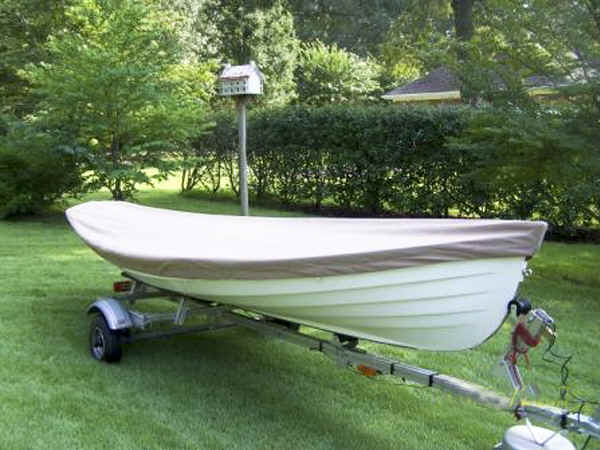 Melon Seed Rowing Skiff on the Trailex-SUT-500-S Boat Trailer